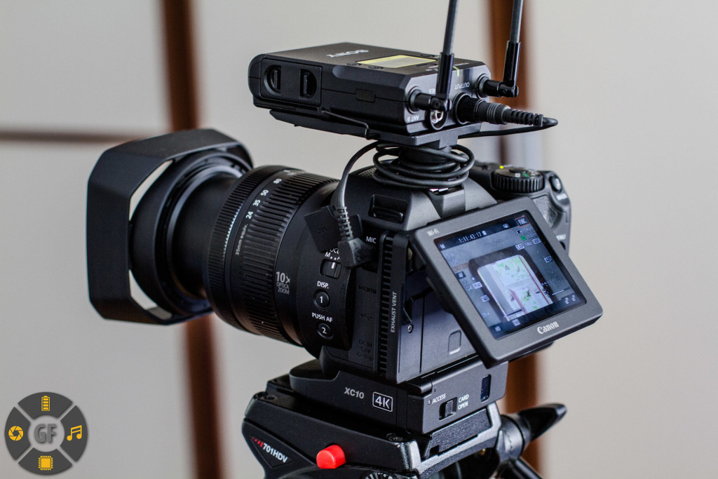 Wireless microphone system attached to hotshue