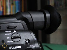 Canon C300MkII Review: OLED Viewfinder